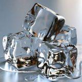 Могут ли кубики льда быть полезны для лица?