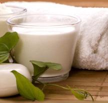 Очищающее молочко в домашних условиях