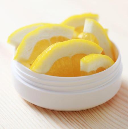 мед и лимон от черных точек