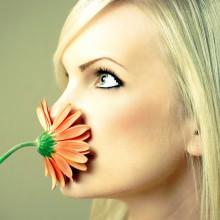 неприятный запах изо рта причины