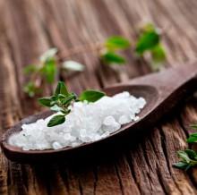 пилинг головы солью
