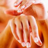 Почему сохнет кожа на руках и что делать
