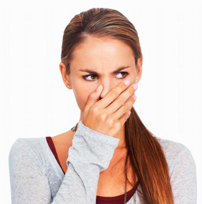 Герпес на губах: лечение народными средствами