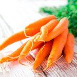 Как приготовить морковную маску от прыщей в домашних условиях