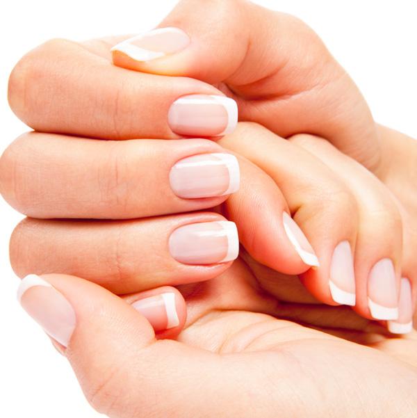 полоски на ногтях причины