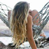 Как защитить волосы на море и как за ними правильно ухаживать?