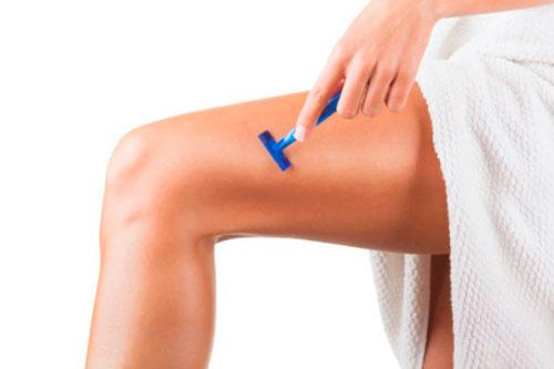 брить ли выше колена