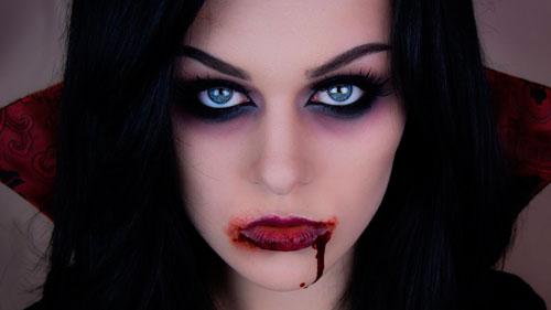 вампир на хэллоуин