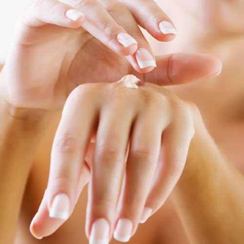 трескается кожа на пальцах рук около ногтей