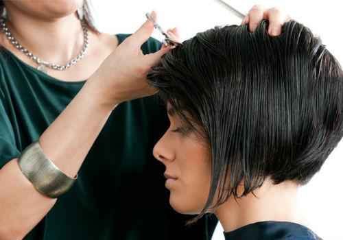 когда стричь волосы в январе
