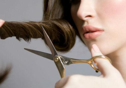 когда стричь волосы в апреле