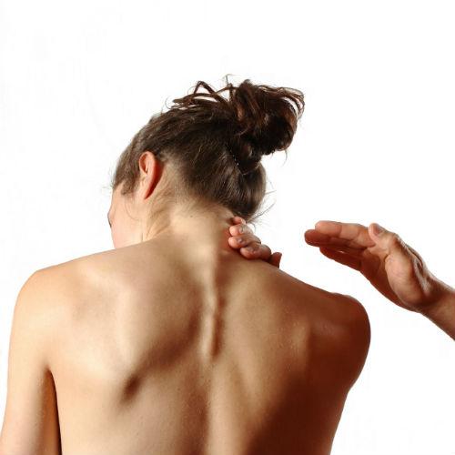 Как быстро и эффективно избавиться от холки на шее