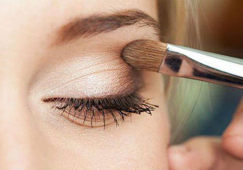 сочетание теней для увеличения глаз