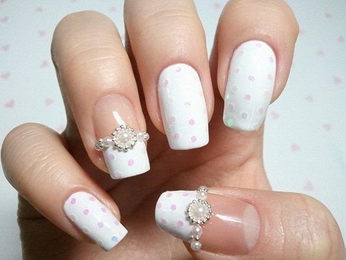 Свадебный декор ногтей