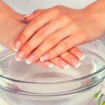 Почему слоятся ногти на руках? Причины и лечение