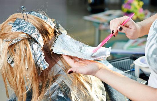 Мелирование волос с помощью фольги в домашних условиях