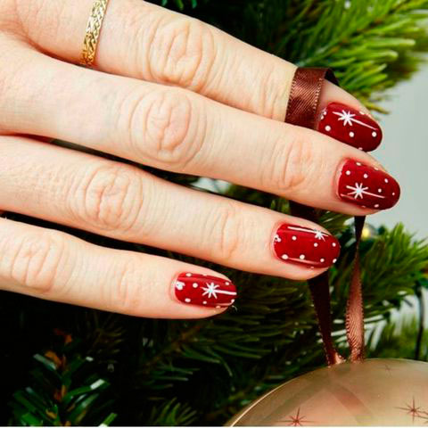 Вариант модного дизайна ногтей № 17
