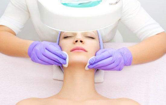 Как выполняется комбинированная чистка кожи лица
