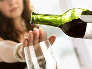 Алкоголь после ботокса: почему нельзя и сколько воздерживаться