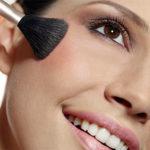 Как правильно наносить румяна на лицо